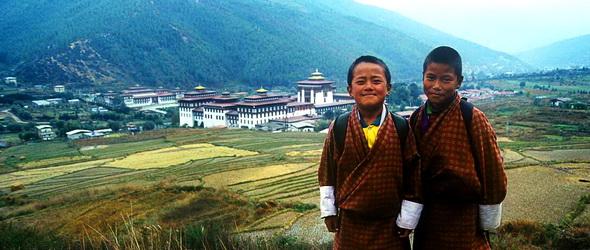 Bruttó nemzeti boldogság után gyalogosnap Bhutánban