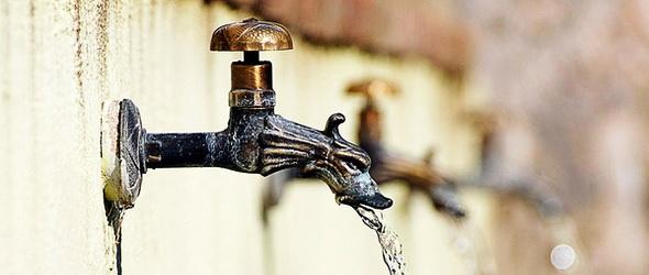 Tiszta vizet öntenek - Olasz kampány a palackos víz ellen
