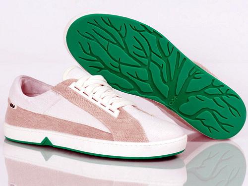 Bioműanyagból készülnek a komposztálható cipők