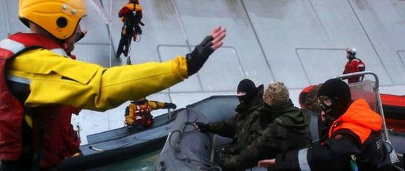 Orosz kommandósok ütöttek rajta az akciózó Greenpeace aktivistákon
