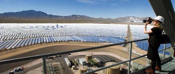 100%-on pörög tegnap óta a világ legnagyobb tükrös naperőműve